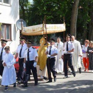 Članovi DVD-a Belišće sudjelovali na Tijelovskoj procesiji